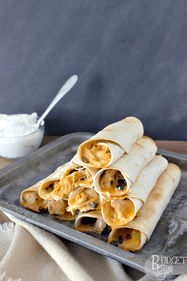 Slow Cooker Chicken Nacho Taquitos