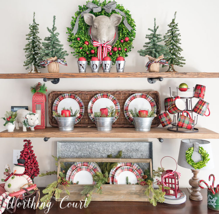 christmas-shelves-decorated-with-plaid-plates