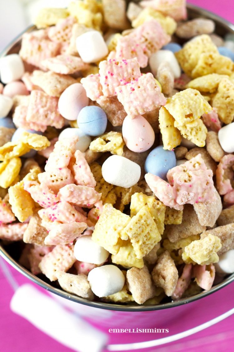 Bunny Tail Easter Muddy Buddies