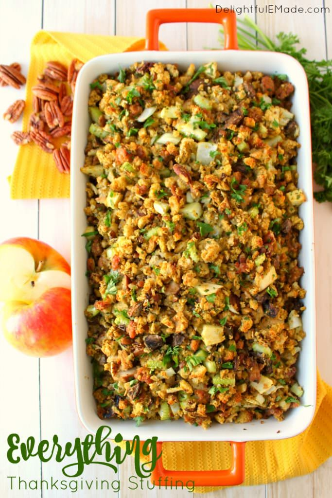 everything-thanksgiving-stuffing-delightfulemade-lead-wtxt-683x1024