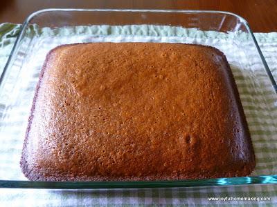 gingerbread, Gingerbread with Cinnamon Cream,