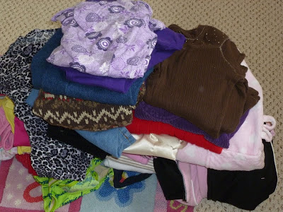Organizing My Daughter's Closet, Joyful Homemaking