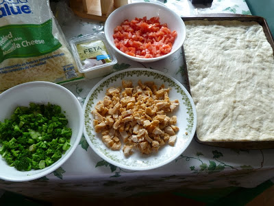 garlic chicken vegetable pizza, Garlic Chicken Vegetable Pizza, Joyful Homemaking