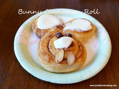 bunny-cinnamon-rolls