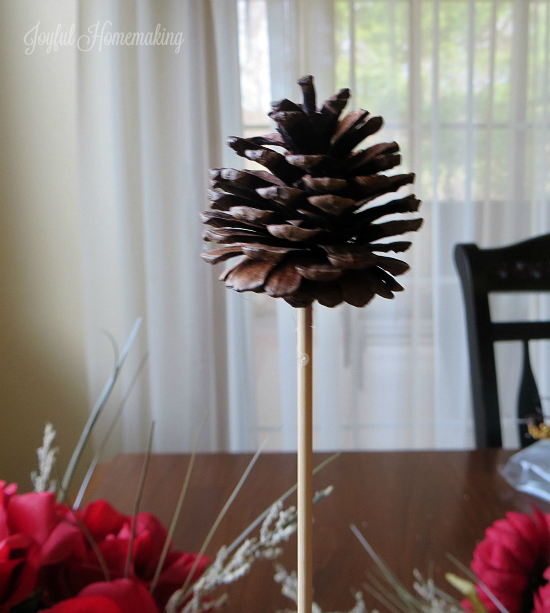 candy cane flower arrangement96