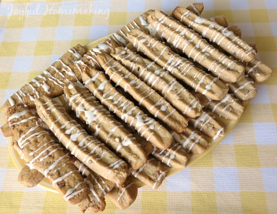 cinnamon stick cookies, Crunchy and Chewy Cinnamon Stick Cookies, Joyful Homemaking