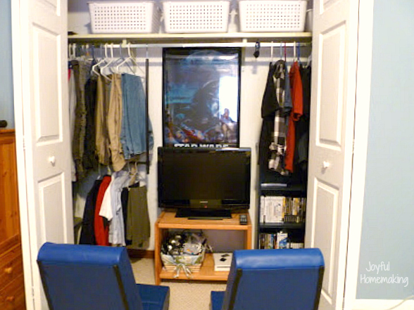 closet gaming station