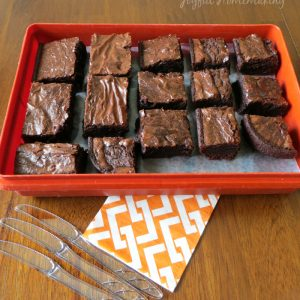 The Secret to Cutting Brownies Easily