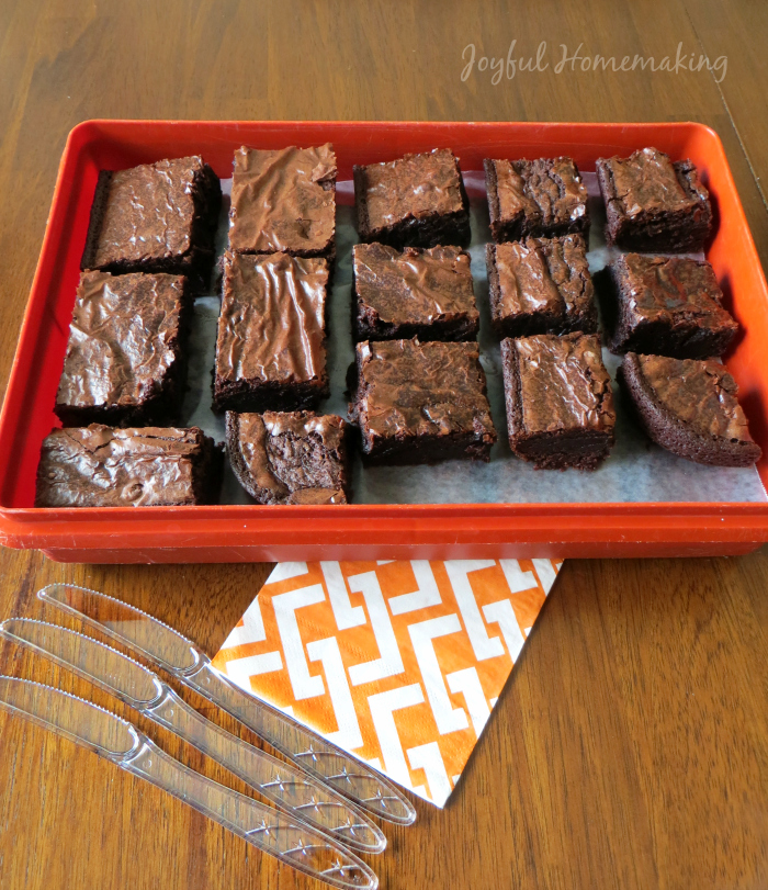 cutting brownies trick