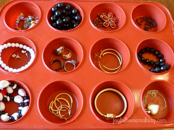 muffin pan uses for organization, A Muffin Pan's Many Uses,