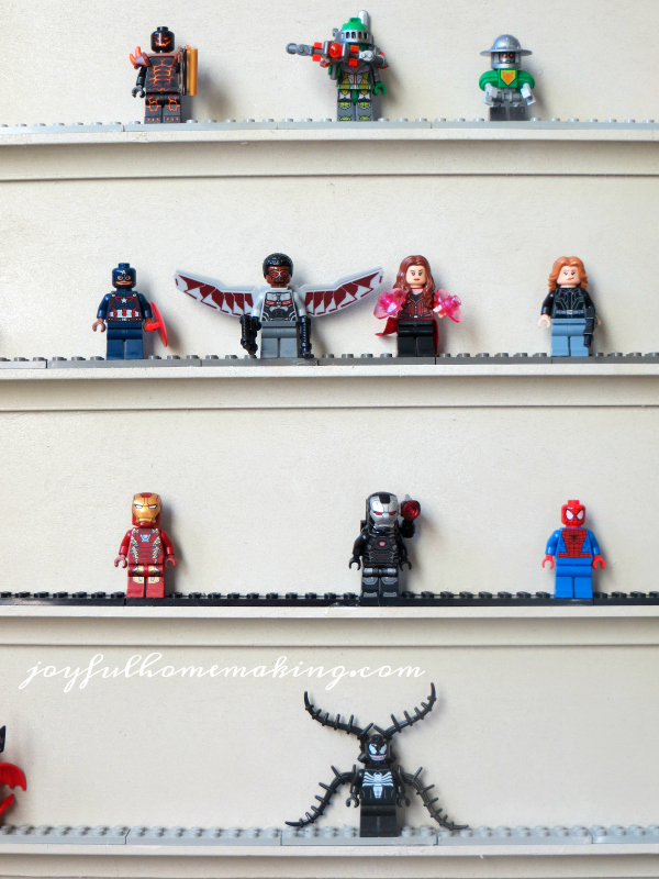 lego-display-shelves97