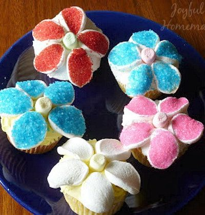 fresh strawberry frosting, Vanilla Cupcakes with Fresh Strawberry Frosting, Joyful Homemaking