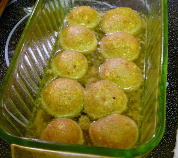Meatless Meatballs, Joyful Homemaking