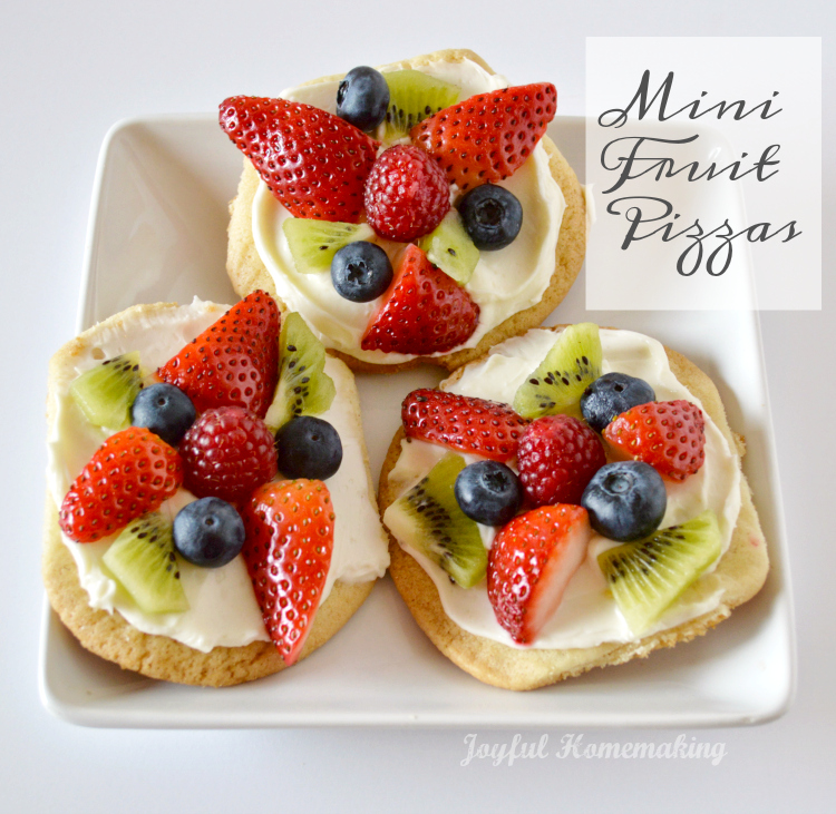 mini fruit pizzas2