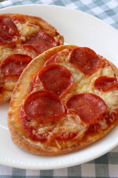 mini fruit pizzas, Mini Fruit Pizzas, Joyful Homemaking