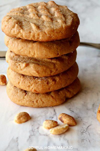 breakfast cookies, peanut butter cookies, oatmeal cookies, Breakfast Cookies, Joyful Homemaking