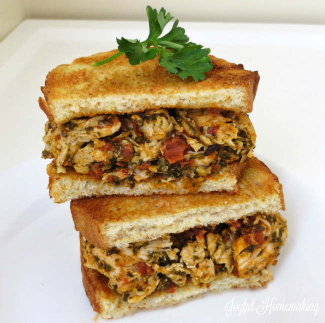 pesto chicken and sundried tomato sandwich