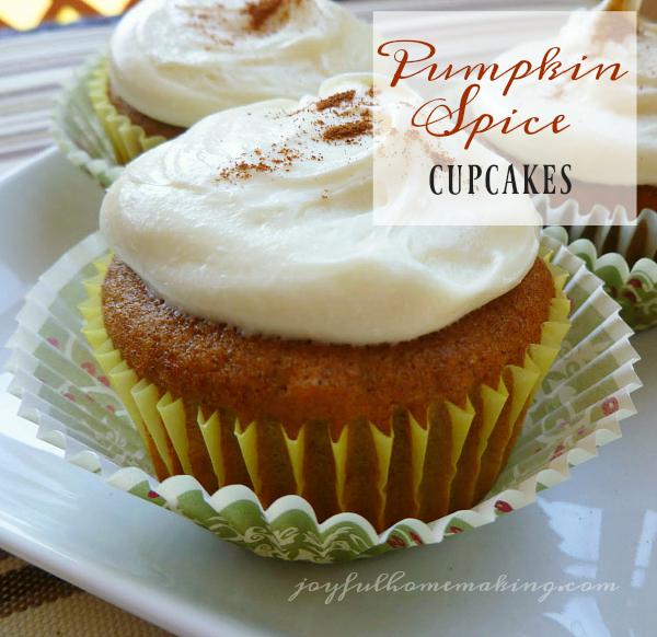 pumpkin-spice-cupcakes3