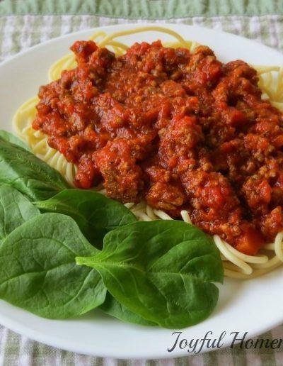 cook spaghetti squash, How to Cook Spaghetti Squash, Joyful Homemaking