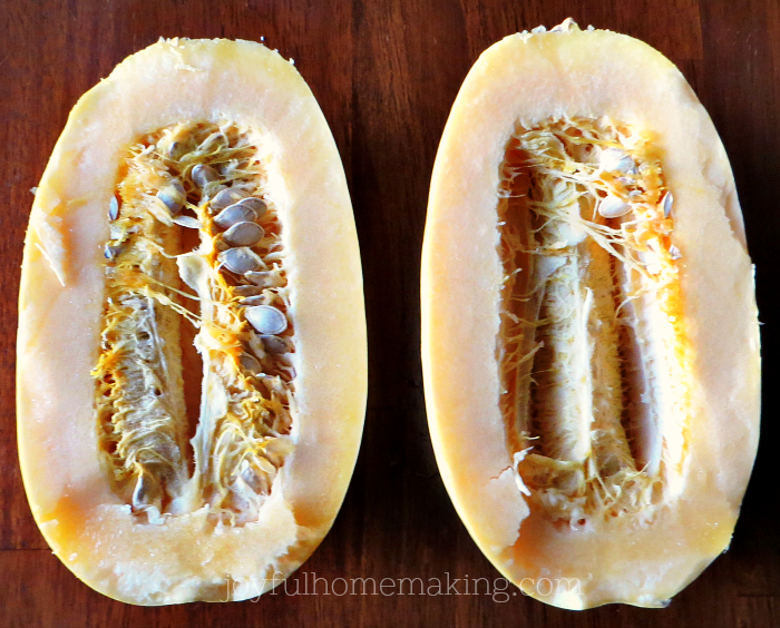 cook spaghetti squash, How to Cook Spaghetti Squash, Joyful Homemaking