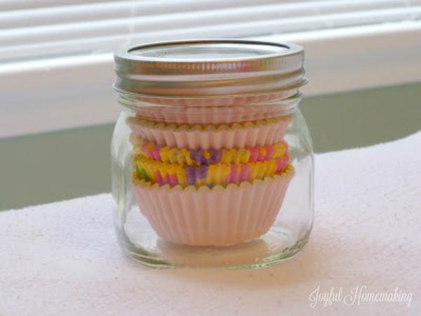 storing cupcake liners