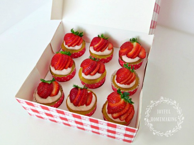 Vanilla Cupcakes with Fresh Strawberry Frosting