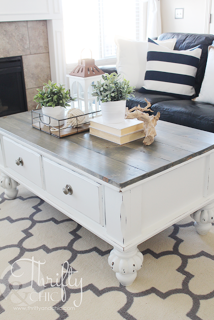 thrifty-and-chic-coffee-table