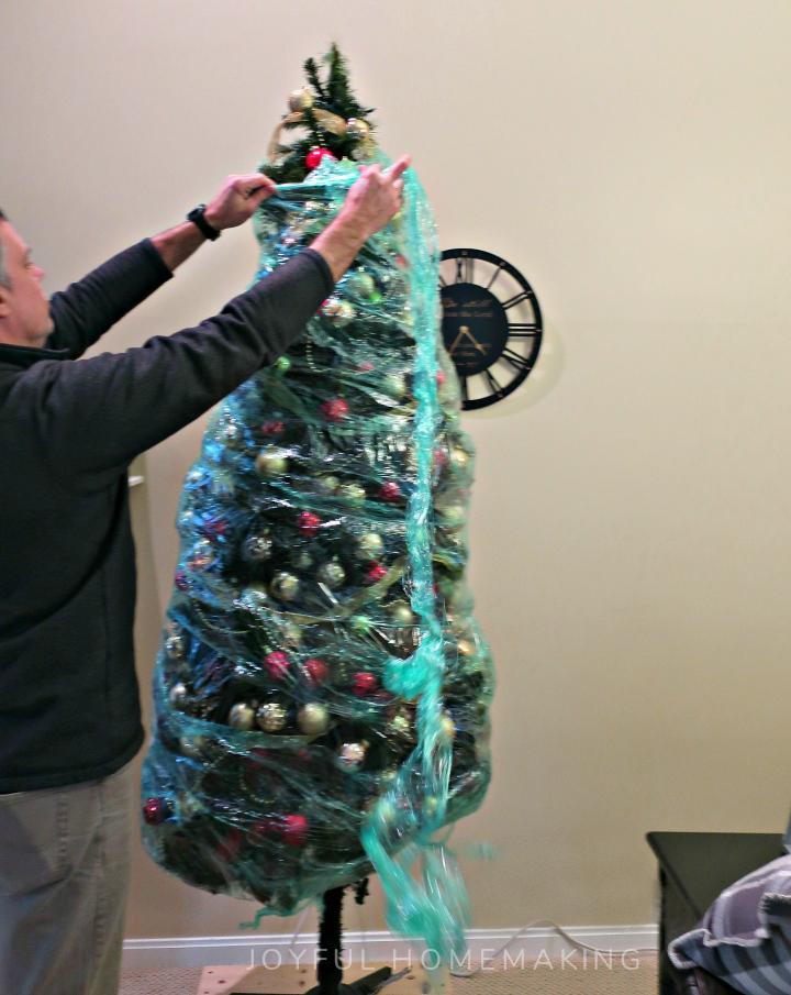 , We Wrapped Our Christmas Tree, Joyful Homemaking
